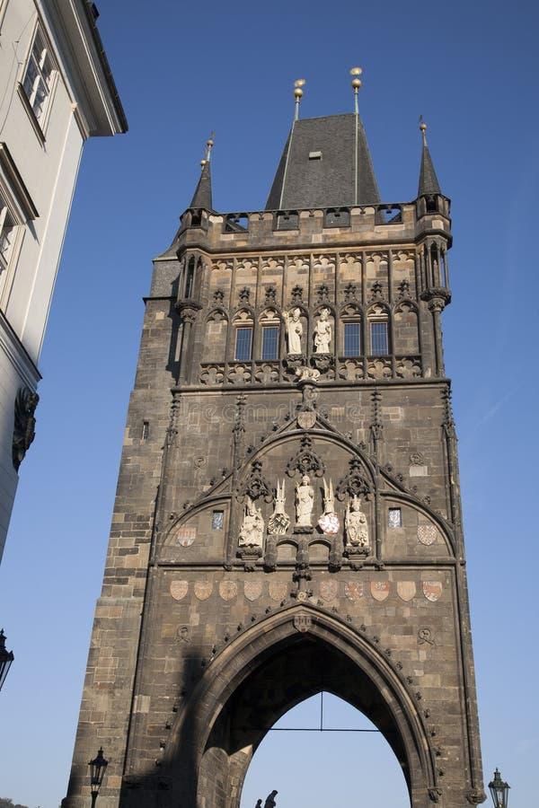 Torre velha da ponte da cidade; Praga imagens de stock royalty free
