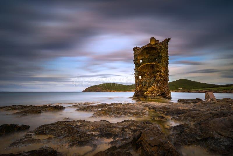 Torre velha de Cap Corse foto de stock