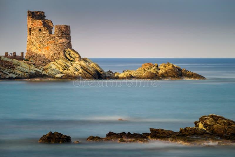 Torre velha de Erbalunga fotos de stock royalty free
