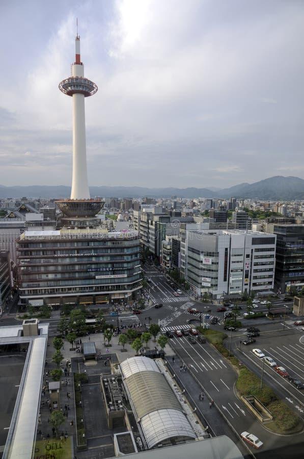 Torre y ciudad, Japón de Kyoto imagen de archivo
