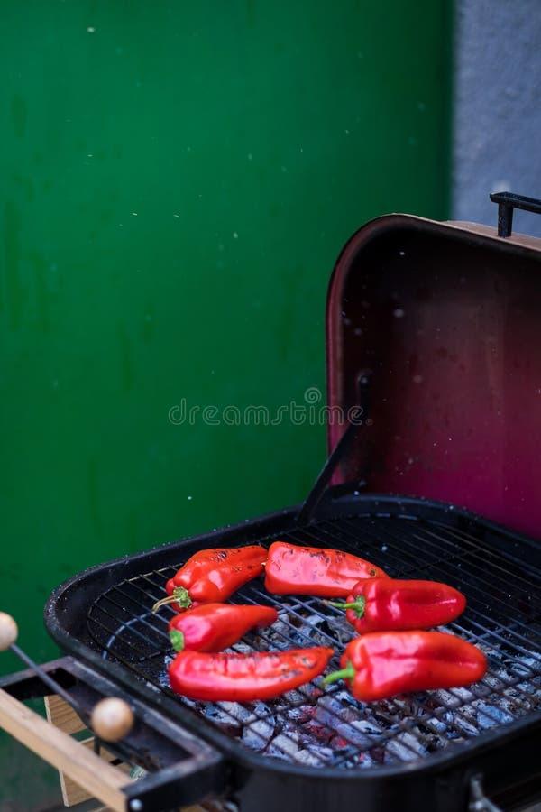 Torrefazione dei peperoni fotografia stock