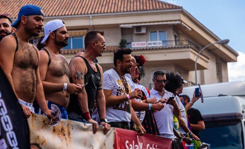 TORREMOLINOS, ESPAGNE - 2 juin 2018 les gens marchent dans les RP annuelles photos stock