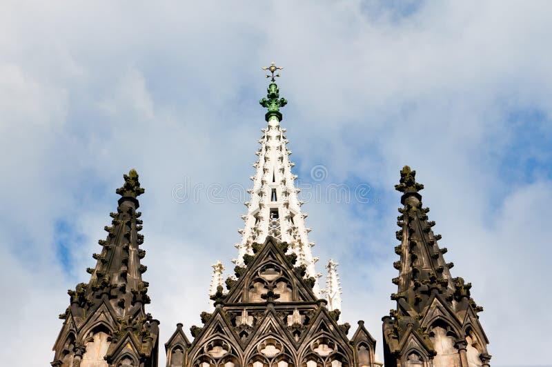 Torres da capela gótico em Lodz fotografia de stock royalty free