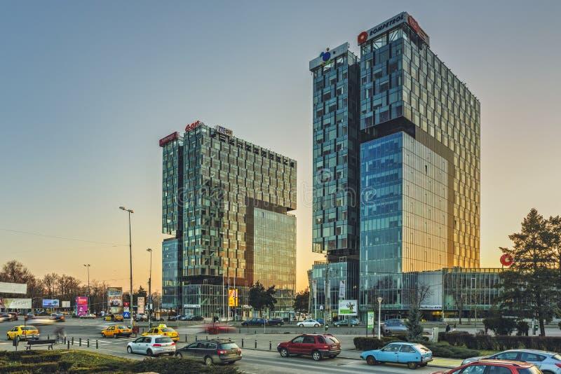 Torres da porta da cidade, Bucareste imagem de stock