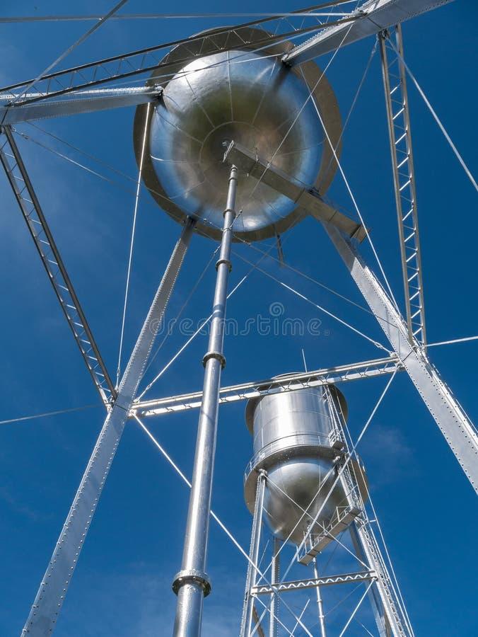 Torres de água gêmeas fotografia de stock