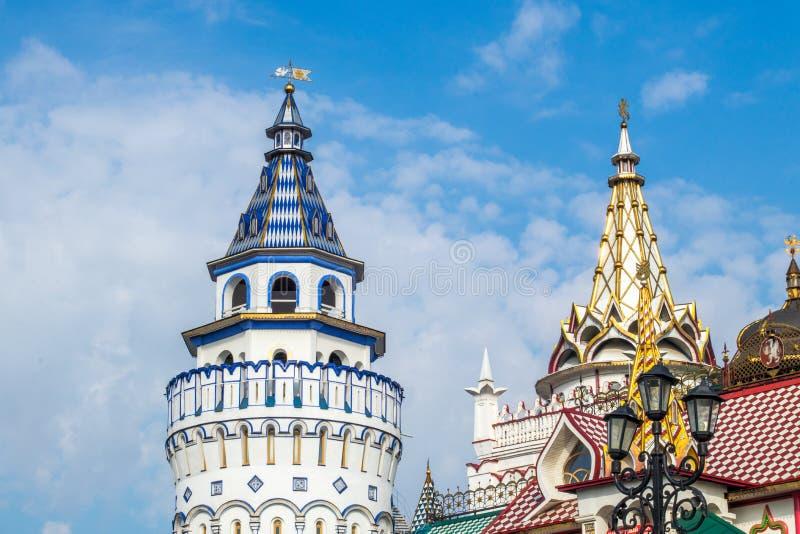Torres de Izmailovo el Kremlin y elementos arquitectónicos fotos de archivo libres de regalías