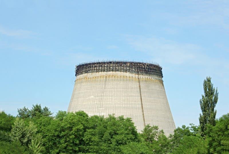 Torres de la refrigeración por agua de la central nuclear de Chernobyl fotografía de archivo libre de regalías