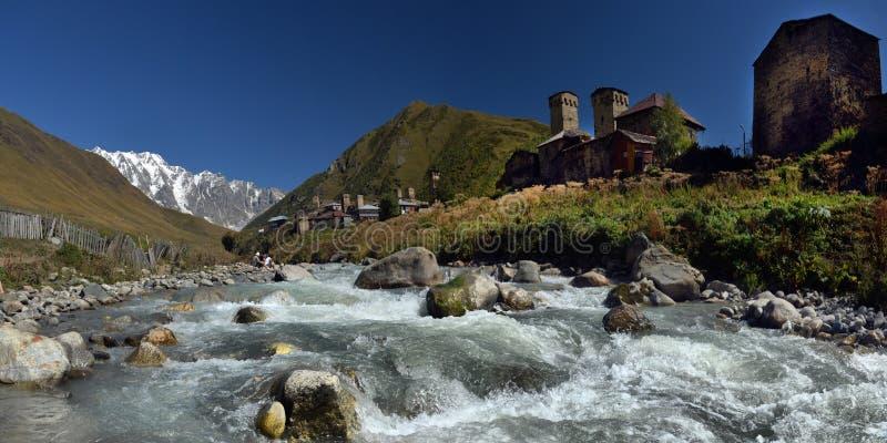Torres de Svan en Ushguli Svaneti imagen de archivo libre de regalías