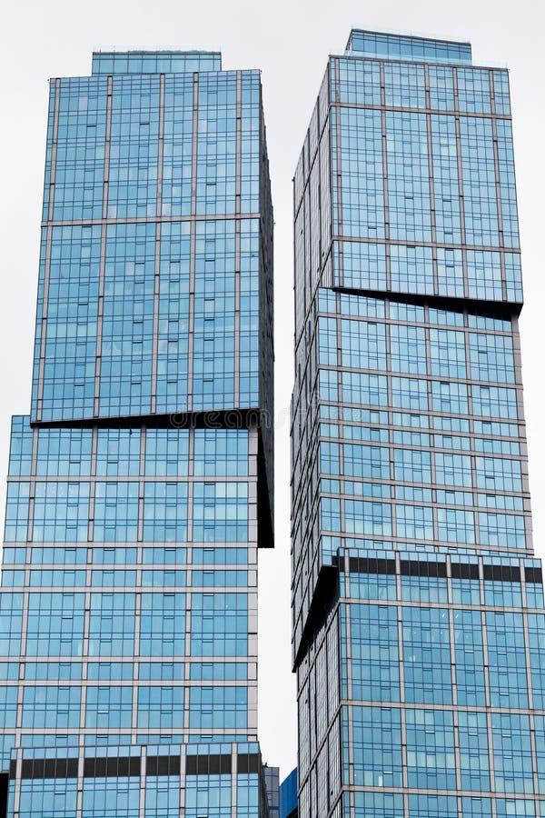 Torres de vidro contemporâneas fotografia de stock royalty free