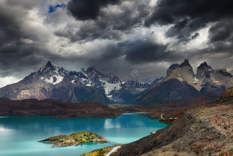 Torres del Paine, Meer Pehoe royalty-vrije stock foto's