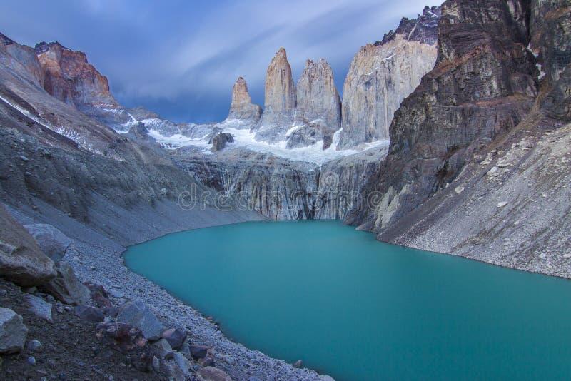 Torres del Paine nationalpark, kanske den bästa soluppgången i världen! och utan att se solen! arkivfoto