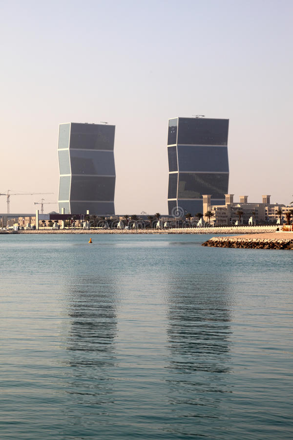 Torres del zigzag en Doha, Qatar imagen de archivo
