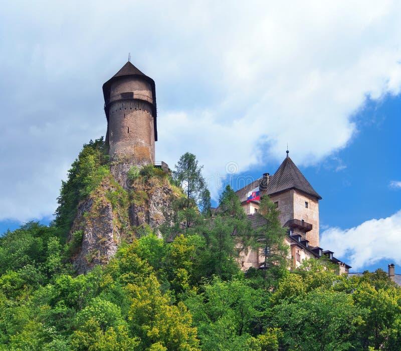 Torres do castelo de Orava, Eslováquia fotos de stock royalty free