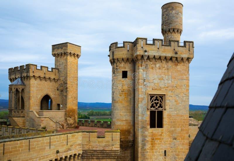 Torres do castelo gótico fotos de stock royalty free