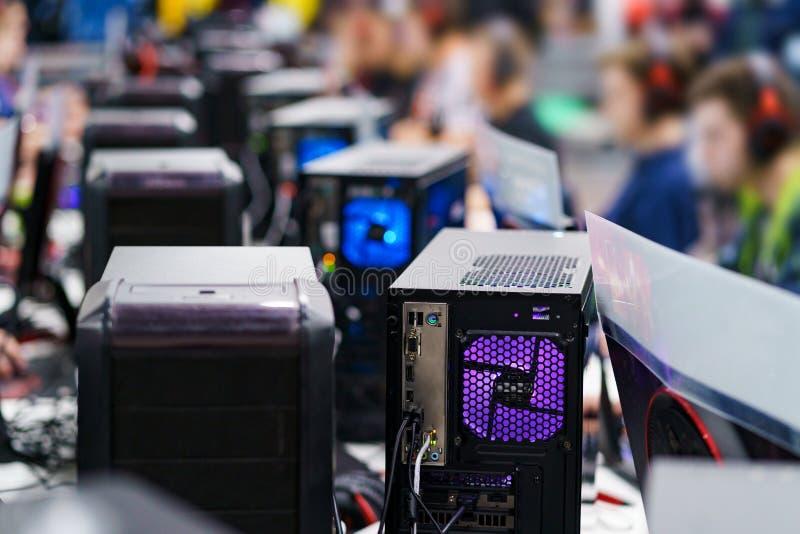 Torres do computador para o jogo imagens de stock