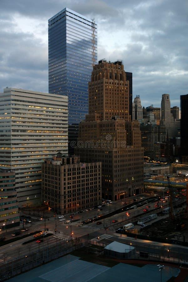Torres do escritório em mais baixo manhattan imagens de stock