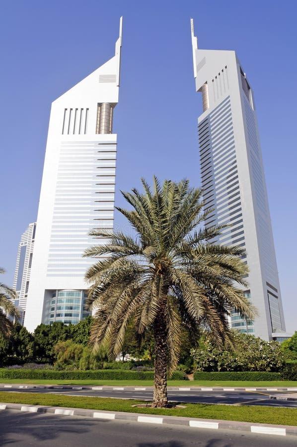 Torres dos emirados em Dubai fotografia de stock