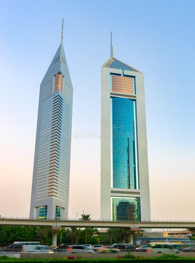 Torres gêmeas em Dubai foto de stock royalty free
