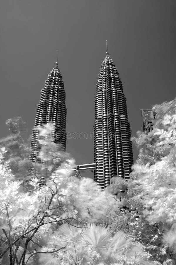 Torres gemelas de MALASIA Petronas, KLCC, blanco y negro fotos de archivo libres de regalías