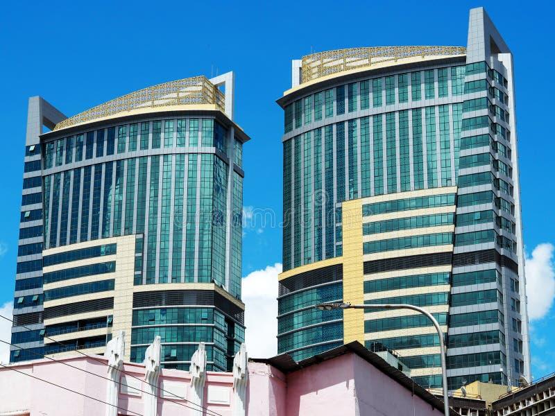 Torres gemelas en Dar es Salaam imagenes de archivo