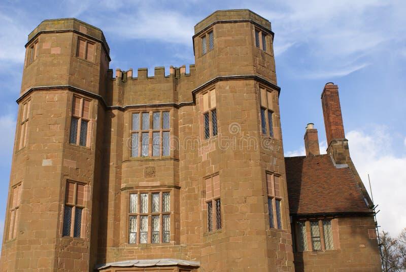 Torres Isabelinos do castelo em Kenilworth, Reino Unido imagem de stock royalty free