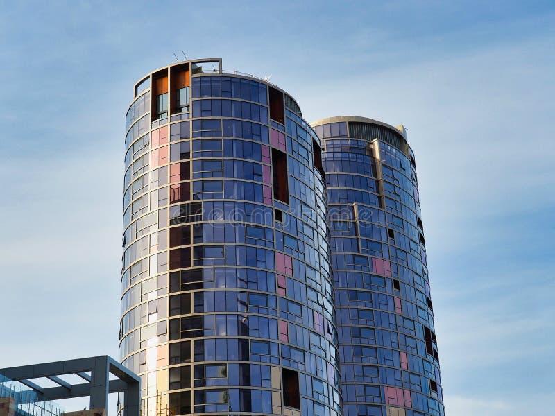 Torres modernas del apartamento, Perth, Australia occidental fotografía de archivo