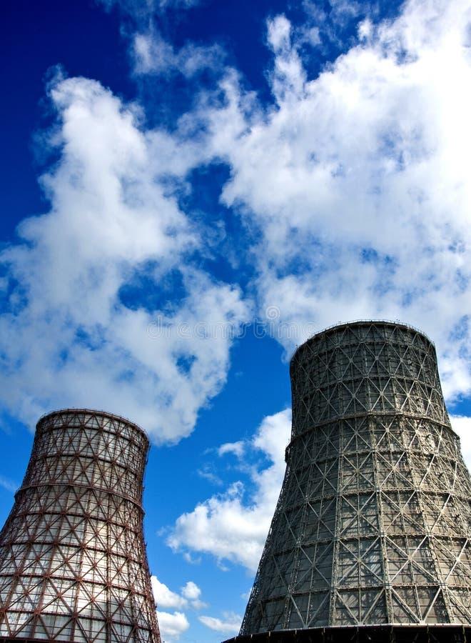 Torres refrigerando de água imagem de stock