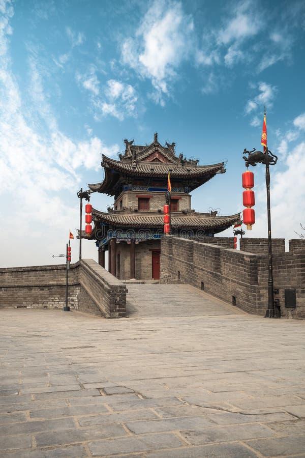 Torretta antica sulla parete della città in xian fotografia stock libera da diritti