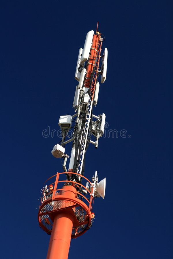 Torretta cellulare #3 di microonda fotografia stock libera da diritti