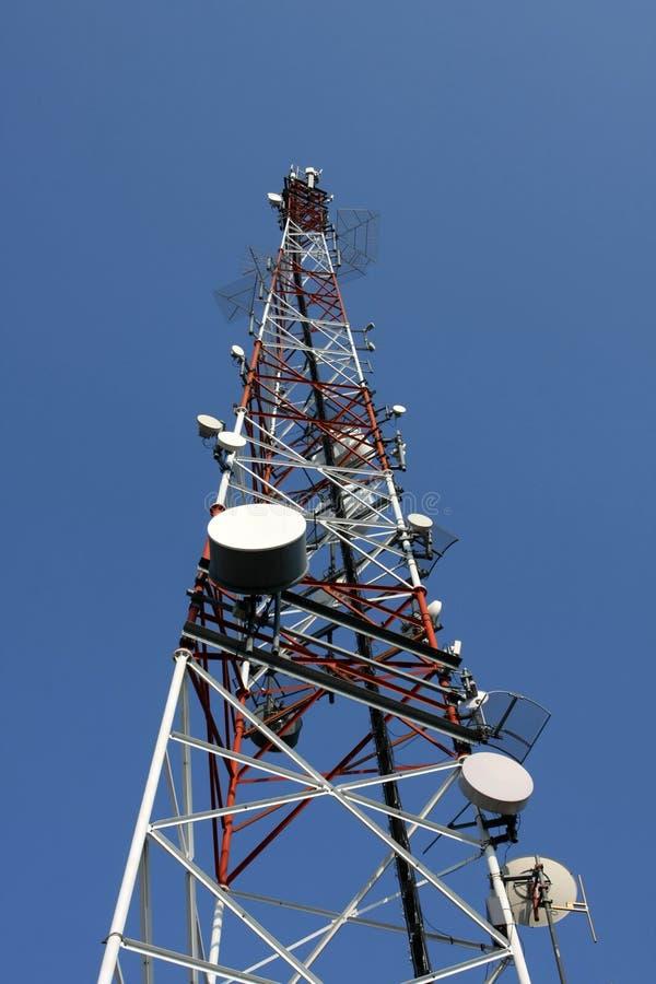 Torretta del relè di telecomunicazioni fotografia stock