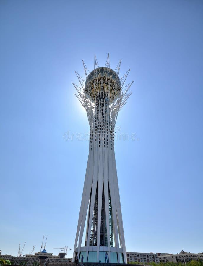 Torretta di Bayterek a Astana simbolo del Kazakistan fotografie stock