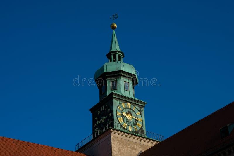 Torretta di orologio Monaco di Baviera Residenz Muenchner Residenz fotografie stock