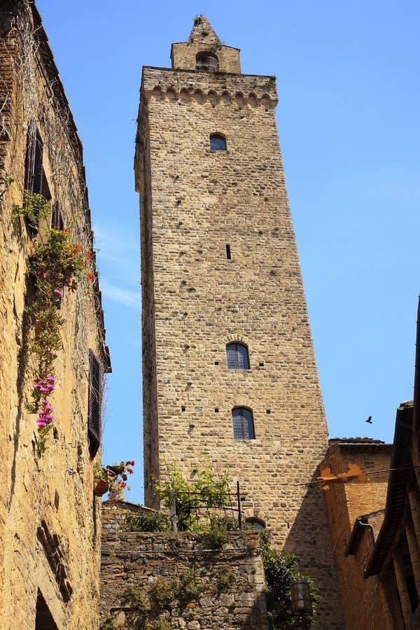 Torretta di pietra medioevale San Gimignano Italia fotografia stock