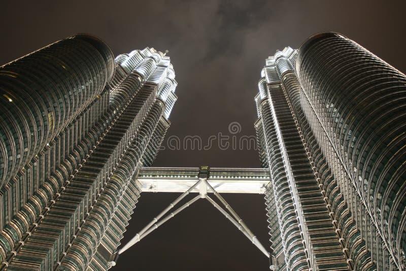 Download Torrette Di Gemelli Di Petronas Immagine Stock - Immagine di alto, città: 3142139