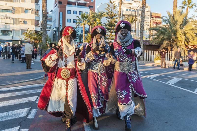 Torrevieja Hiszpania, Styczeń, - 5, 2019: Biblijna mag parada w Hiszpania obrazy stock