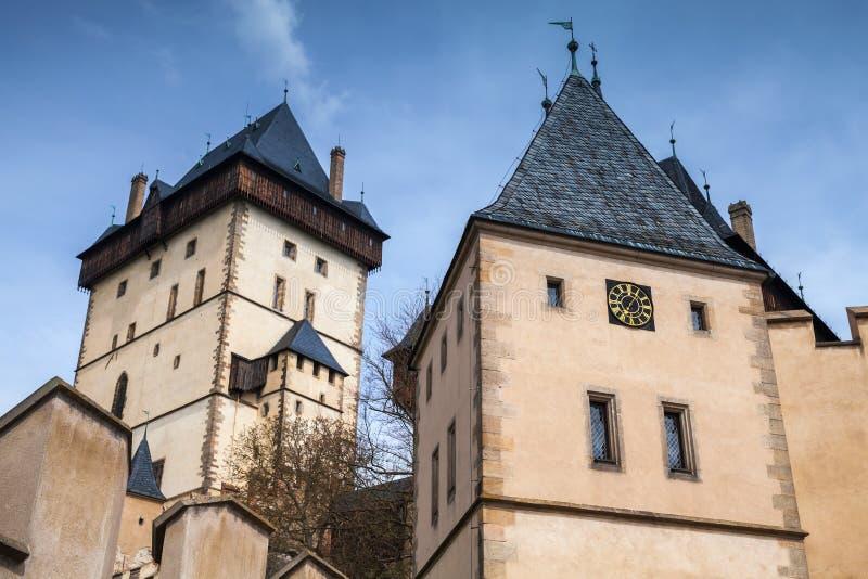 Torri del castello di Karlstejn immagini stock libere da diritti