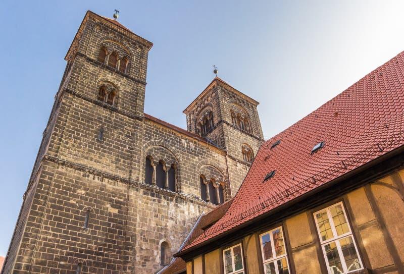 Torri della chiesa di Servatius di Quedlinburg fotografie stock