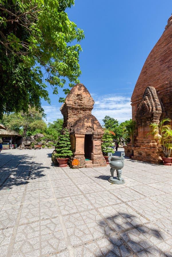 Torri di Cham del po Nagar Palazzo famoso in Nhatrang, Vietnam immagine stock