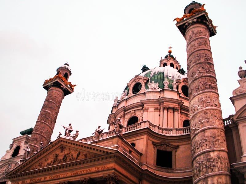 Torri e cupola di Karlskirche fotografia stock libera da diritti