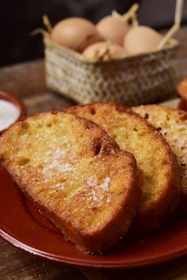 Torrijas, sobremesa espanhola típica para a Páscoa imagens de stock