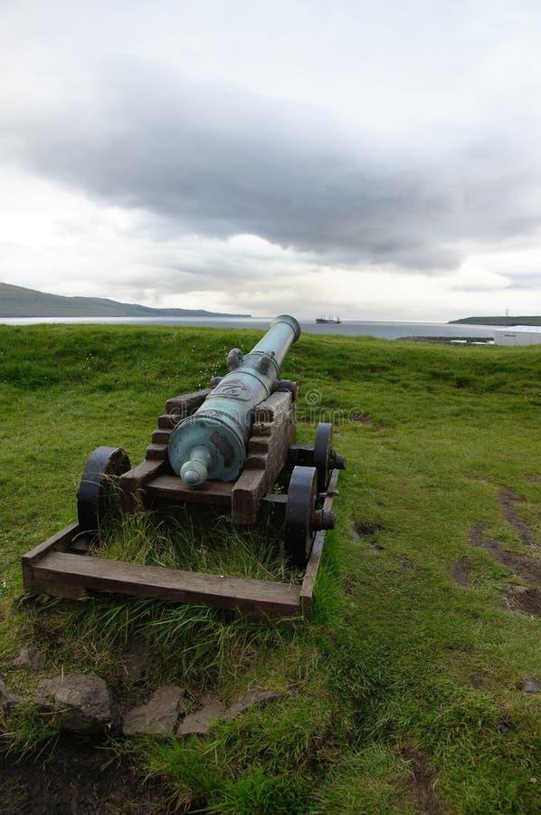 Torshavn, canhão visa o navio, Ilhas Faroé imagens de stock
