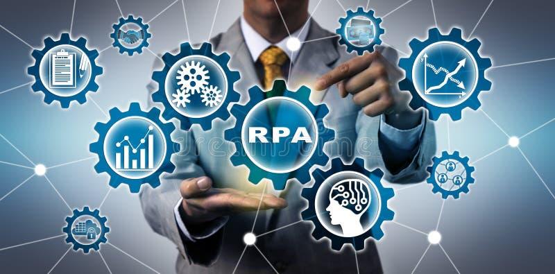 Torso del uso de Activating RPA del encargado de las TIC imagenes de archivo