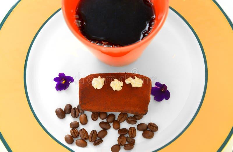 Tort i filiżanka czarna kawa obrazy royalty free