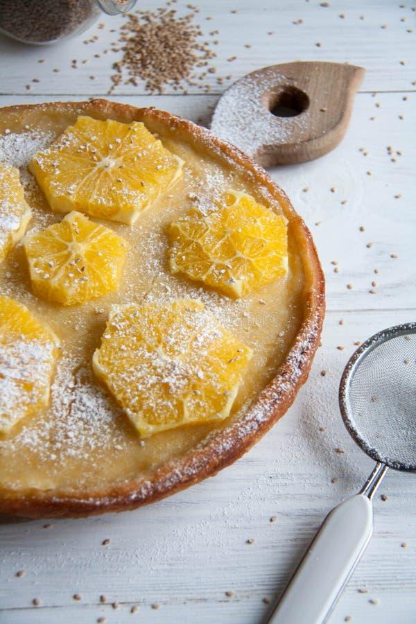 Tort z pomarańczami zdjęcie stock
