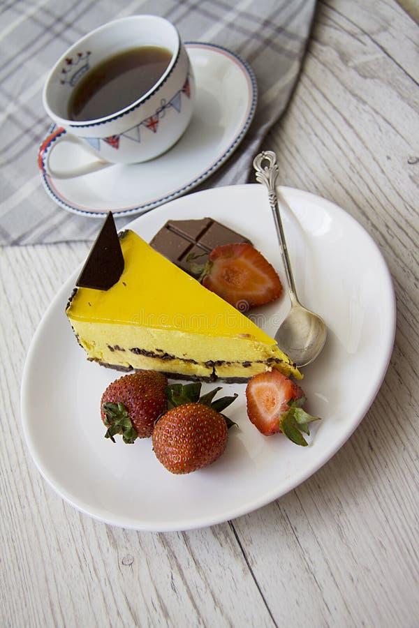 Torta amarilla 4 imagen de archivo