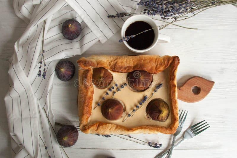 Torta com figos foto de stock