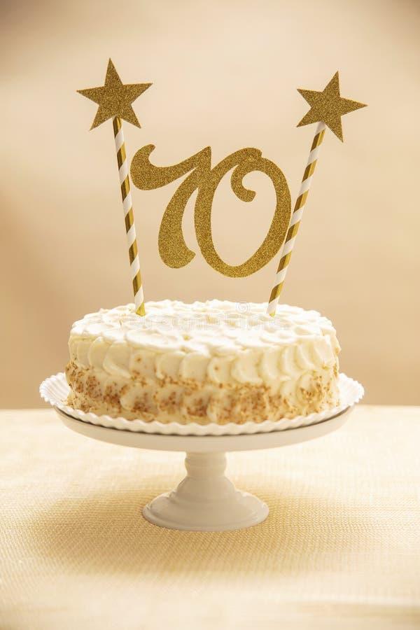 torta de 70 aniversarios fotos de archivo