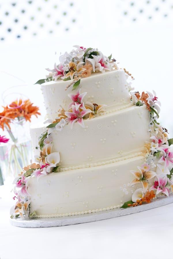 Torta de boda hermosa foto de archivo libre de regalías