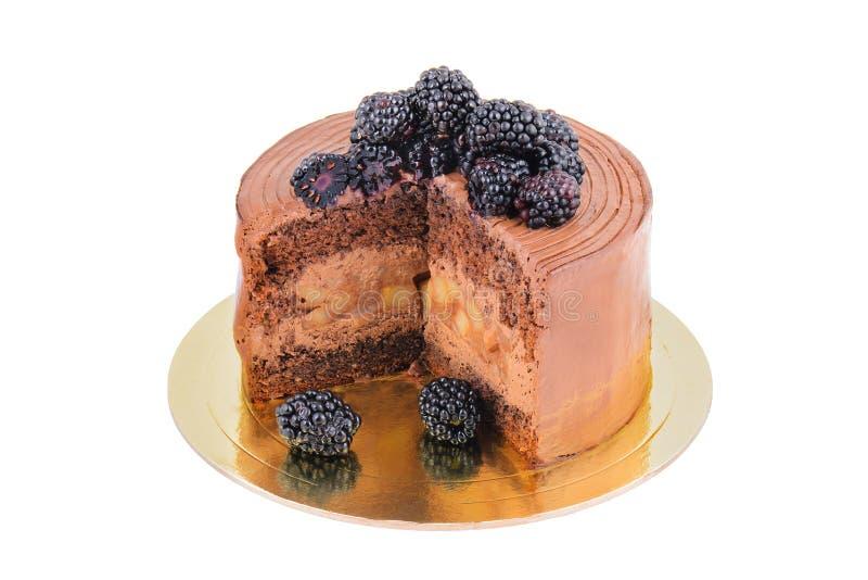 Torta de chocolate con la zarzamora, cortada imagen de archivo libre de regalías