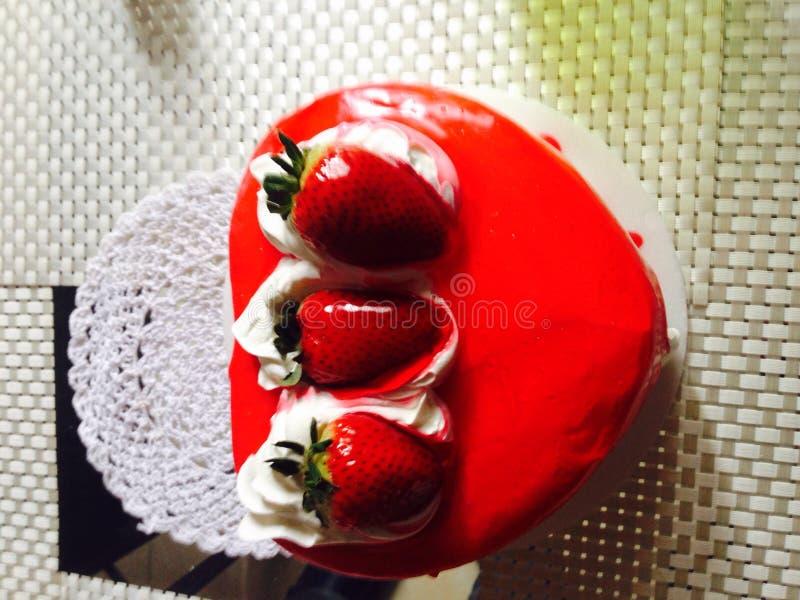Torta de cumpleaños стоковое изображение rf